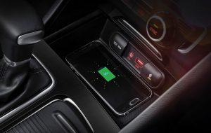 Kia Optima PHEV híbrido enchufable con accesorios tecnológicos