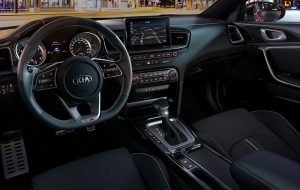 Interior deportivo del Kia Proceed