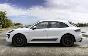 lateral macan gts