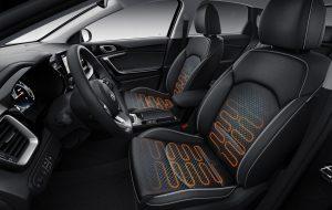 Interior con calefacción inteligente del Kia Tourer