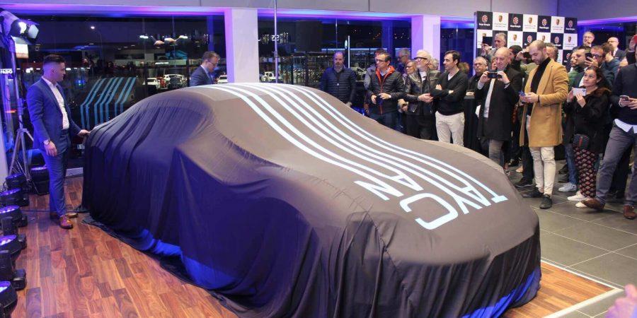 Presentación del nuevo Porsche Taycan en el centro oficial de A coruña