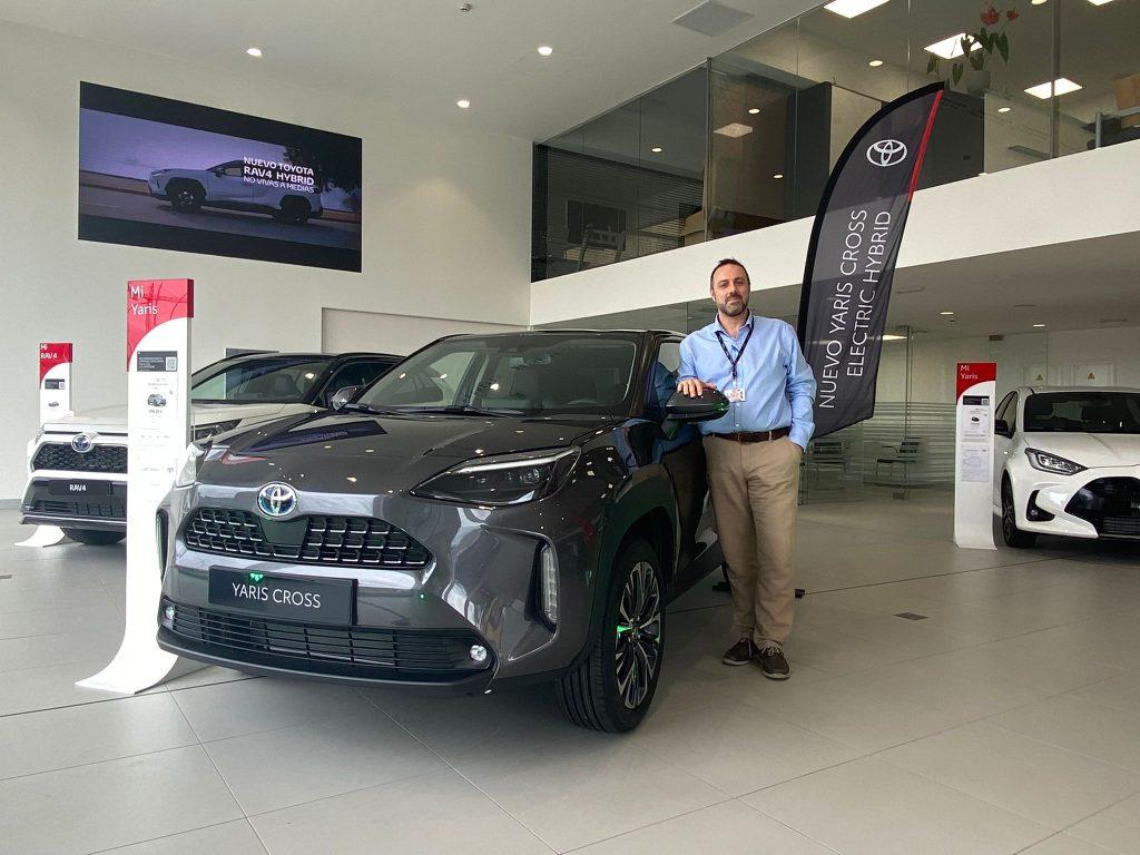 Asesor Comercial de Breogán Motor Perillo(A Coruña) con el nuevo Yaris Cross